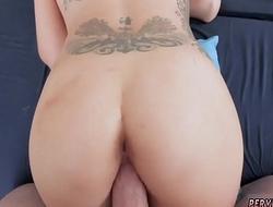 Big soles milf Ryder Skye in Stepmother Sex Sessions
