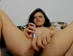 Girl Toy her pussy