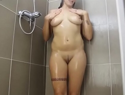 Se corre cuando se ducha