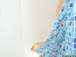 Step dad gets crony'_ crony'_s daughter and her first time Step Into My