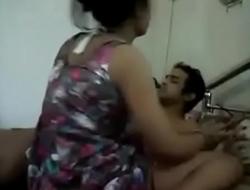 Desi bhabhi sucking by the call boy