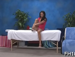 Legal age teenager sucks and bonks her massage therapist