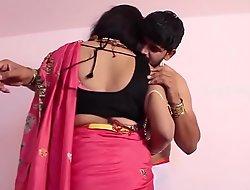 Mallu desi aunty romance lovemaking with boyfriend xdesitubesxxx