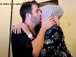 cewek jilbab cantik kencan sama bule, full >_>_ https://ouo.io/yU256