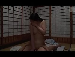 Japanse slet stiefmoeder (Zie meer: shortinaxxx /AttWl)