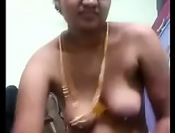 VID-20180521-PV0001-Chennai (IT) Tamil 37 yrs old married housewife aunty Pushpa showing her boobs added to pussy sex porn video