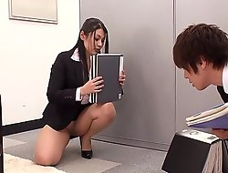 Shagging Put emphasize Japanese Office Slut