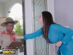 BANGBROS - MILF Ariella Ferrera Trades Vagina For Lil D'_s Scout Cookies