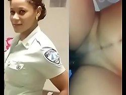 Teniendo sexo con una oficial de transito