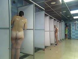 Advance a earn shower conformity hidden cam