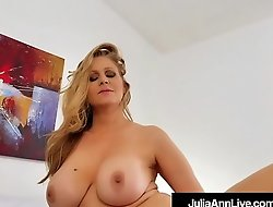 Gaffer Bonny Milf Julia Ann Just Wants To Lose one's heart to Someone!