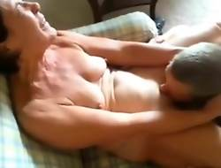 I lick mom pussy videotape