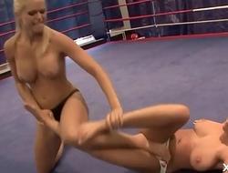 Blonde Babe Love to Wrestle