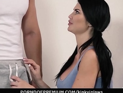 KINKY INLAWS - Hot Jasmine Jae enjoys naughty lesbian sex with stepdaughter