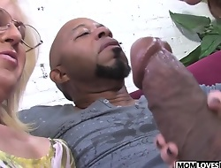 Mommy Sindi Star and Tweety Valentine take a BBC