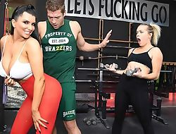 Raven-haired nympho with big bosom gets fucked hard in be passed on gym