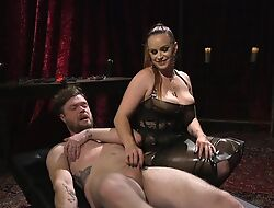 Submissive guy gets anally fucked by sex-mad mistress