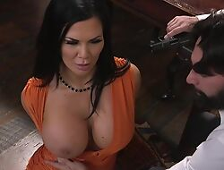 Raven-haired pornstar just about enormous melons gets fucked in rub-down the ass