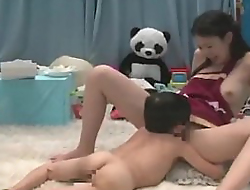 Japanese midget Hyperbolic sports jargon pulverize delicious pussy and gets blowjob