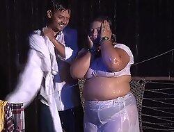 Sona Aunty ki grungy bosom Hawt affectation
