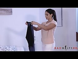 Hot Mammy Plus In force age teenager Stepdaughter Suck Stepson/brother
