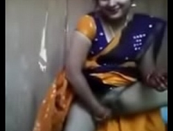 Bhabhi inserting cucumber in pussy